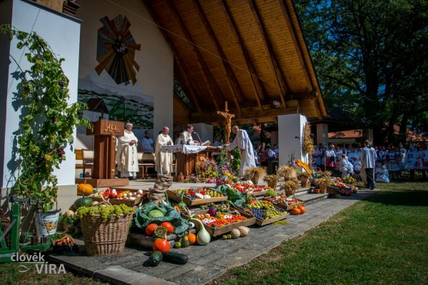 200830 Antonínek děkovná 09