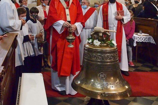 201004 zvony Vsetín 3 (CaV)