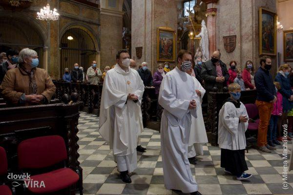 2020-10-11 Mše ke sv. J. Sarkanderovi