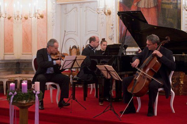 201207 koncert Trio Martinů MFO 8