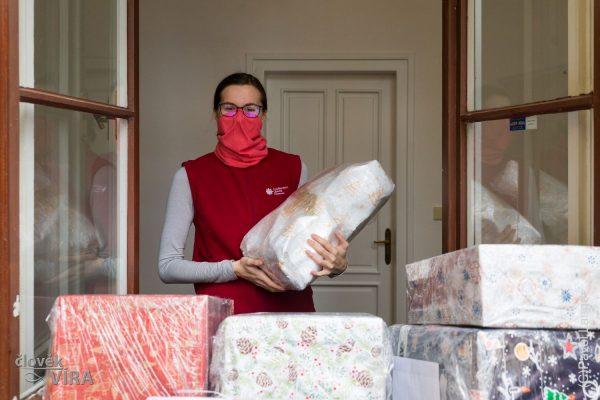 201215 ACHO dárky Ukrajina 2