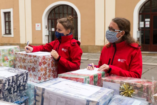 201215 ACHO dárky Ukrajina 6