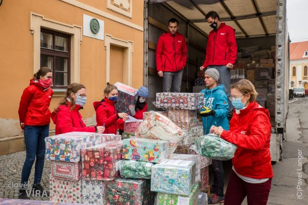201215 ACHO dárky Ukrajina 7