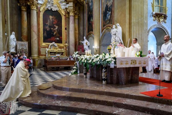 210626 kněžské svěcení Velehrad 11