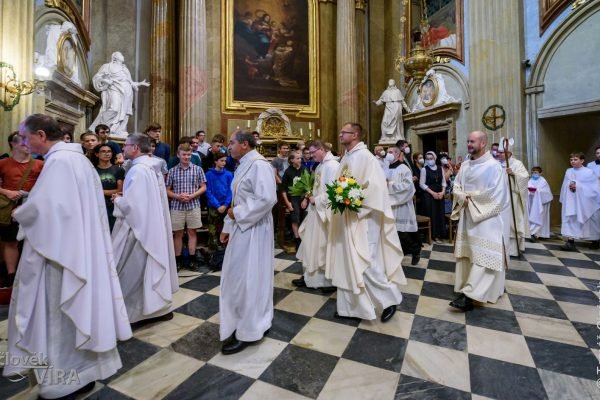 210626 kněžské svěcení Velehrad 12